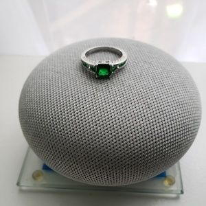 Jewelry - SS Emerald Square Ring (.925)